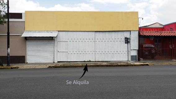 Local Comercial Con Punto De Venta Y Bodega