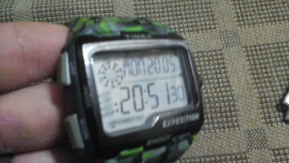 Relógio-timex-expedition-seminovo