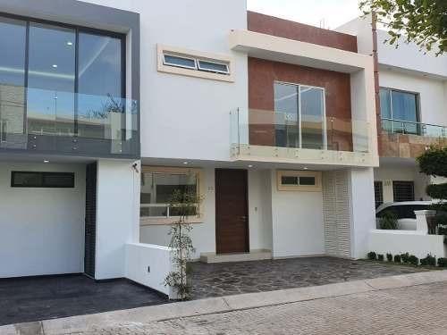 Casa En Venta Fracc. Los Almendros Residencial, Zapopan, Jal