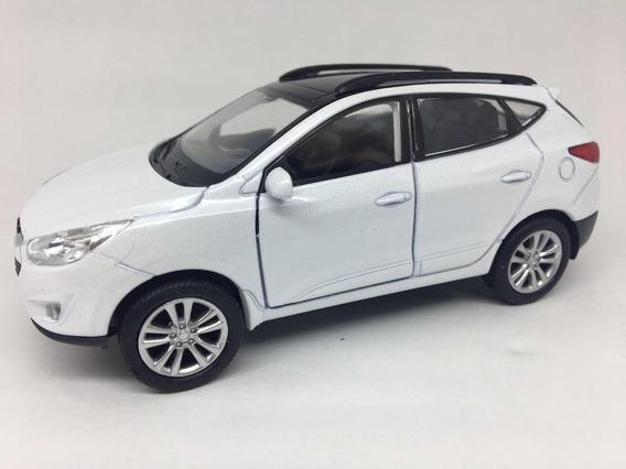 Miniatura Hyundai Tucson 2017 Branca