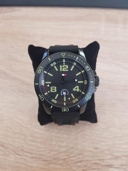 Relógio Tommy Hilfiger Masculino Borracha Preto