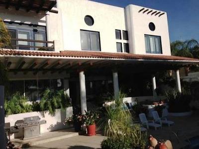 Espectacular Residencia En Villas Del Meson Juriquilla