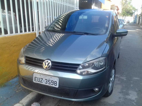 Volkswagen Fox 1.0 Vht Total Flex 5p 2011