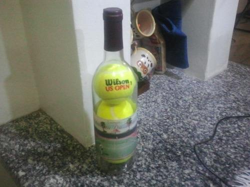 Imagen 1 de 6 de Botella Con Pelotas De Tennis Inside  10 Verdes