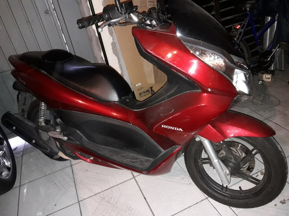 Honda Pcx - 2014 / Vermelha