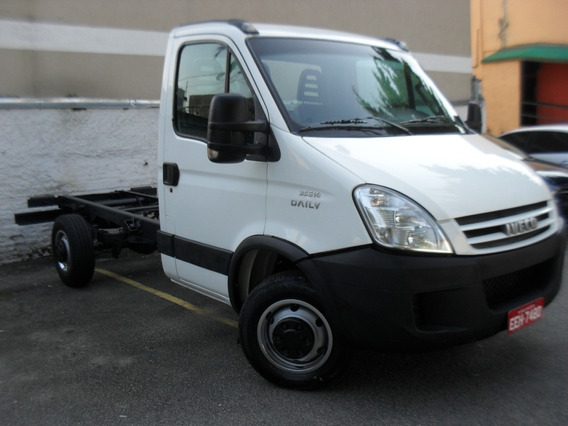 Iveco 35s14 Motor 3.0 2011 Diesel Chassi