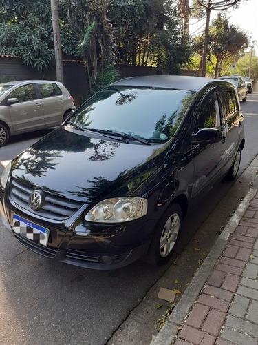 Imagem 1 de 15 de Volkswagen Fox 2009 1.0 Vht Route Total Flex 5p