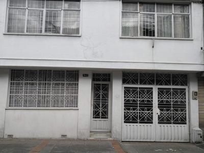 Casa 5 Habitaciones, 4 Baños, Documentos Al Dia, Directament