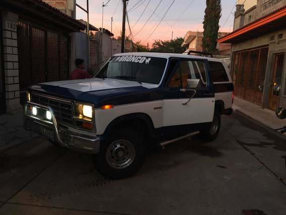 Ford Bronco 82
