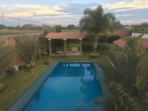 Casa En Venta En Tabachines En Yautepec En Estado De Morelos