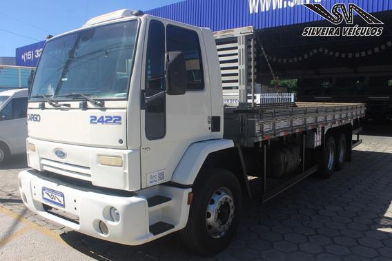 Ford Cargo 2422 - Ano: 2004 - Carroceria