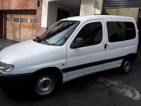 Peugeot Partner Diesel Modelo 2005 Titular Financiado 100%