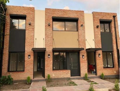Duplex En Venta, Ituzaingo, 3 Ambientes A Estrenar