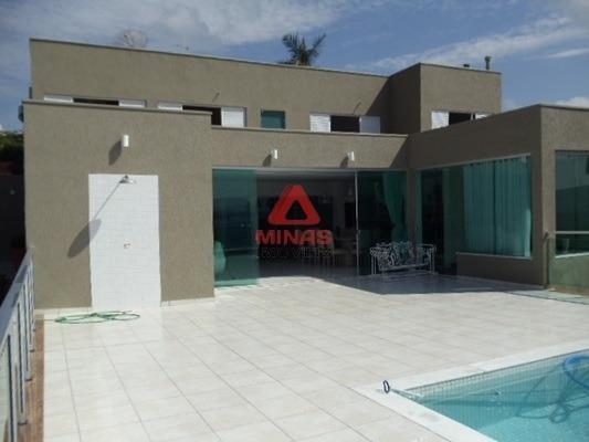 Casa Com 7 Quartos Para Comprar No Centro Em Capitólio/mg - 977