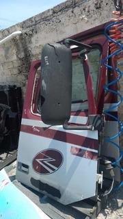 Puerta Derecha Cabina Volvo Vnl Camión
