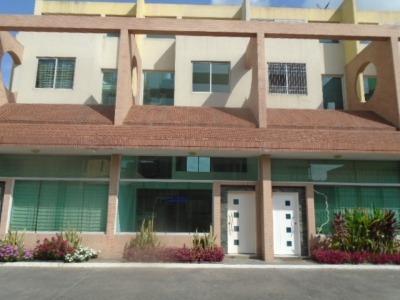 Mh Vende Townhouse Mañongo 291696