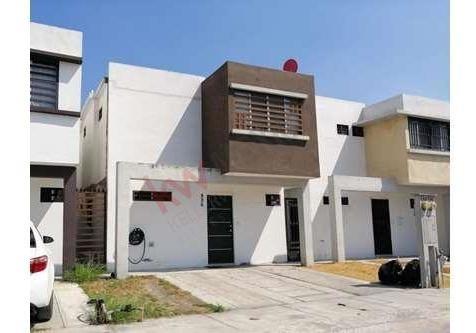 Casa En Venta En Colonia Privalia Concordia, Apodaca, Nuevo León