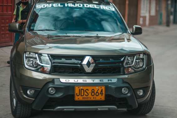 Camioneta Renault Duster Oroch 2017 4 X 2 Gasolina Y Gas