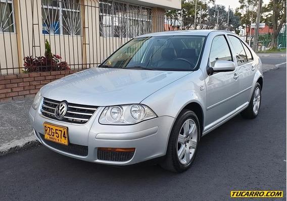 Volkswagen Jetta 2000cc Mt Aa