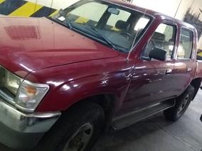Toyota Hilux 4x4 - Año 2000