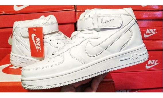 Zapatos Nike Air Force One Blancos Corte Alto Talla 39 (30$)