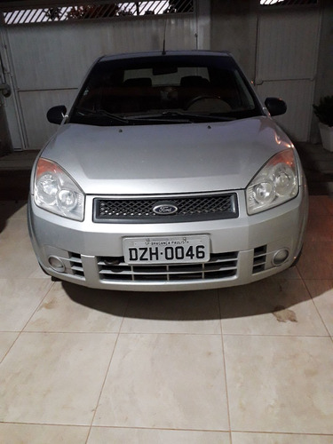 Ford Fiesta Sedan 2008 1.0 Flex 4p