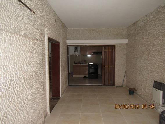 Excelente Casa Echesortu Coch Y Terraza Con Parrilla