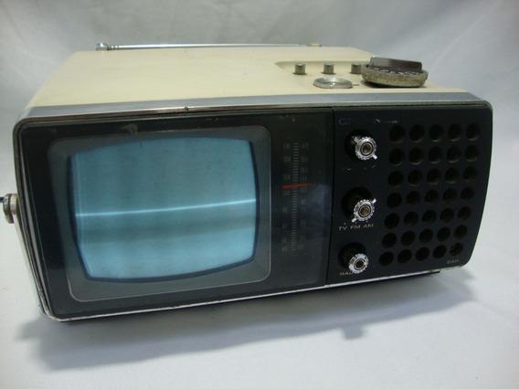 Antiga Televisão Crown Japão Portatil Anos 70 Radio Am E Fm