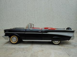 Carro De Coleccion Road Tough Chevrolet Belair 1957 Esc 1/18