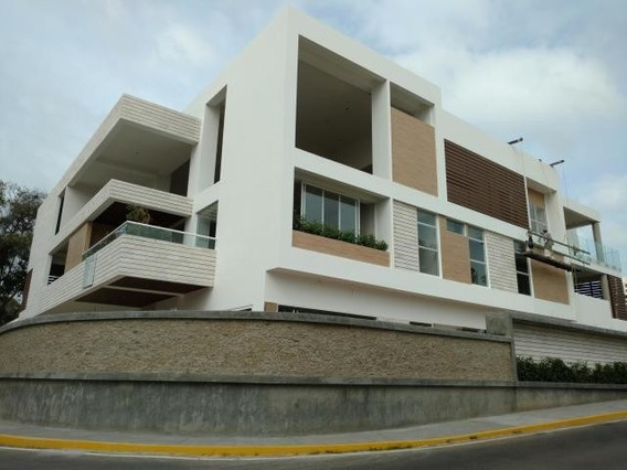 Estupenda Casa En Venta - La Lago - El Creole, Oa