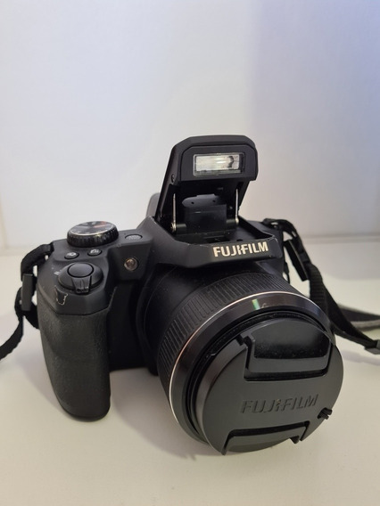 Câmera Semiprofissional Fujifilm