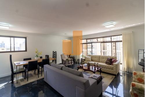 Apartamento De 3 Dormitórios E 1 Suite Recem Reformado, Rua Nobre 1 Por Andar - Bi2126
