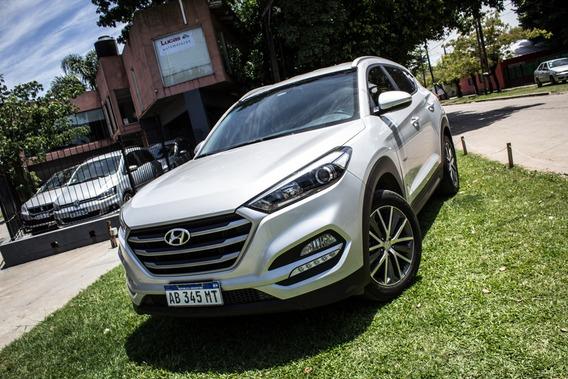 Hyundai Tucson 4x2 Nafta 2017 Plateada