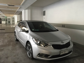 Kia Cerato Sx 1.6 6mt Ac Sedan