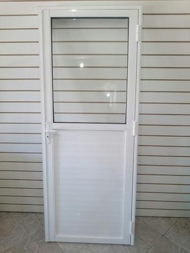 Imagen 1 de 7 de Puerta  Batiente De Aluminio