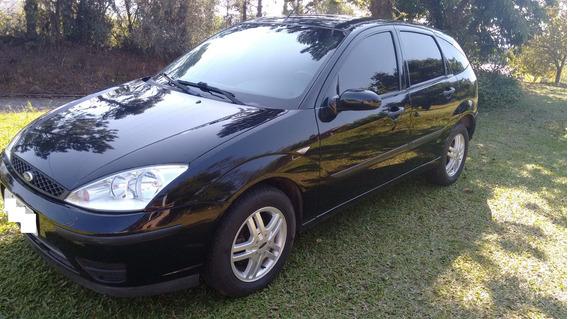 Ford Focus 1.6 2006 Preto 5p