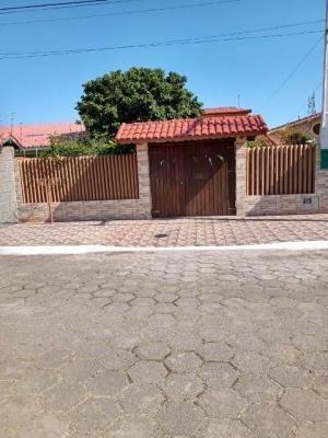 Excelente Casa Com 550 Metros Do Mar - Itanhaém 7064 | A.c.m