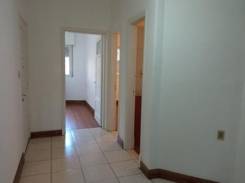 Apartamento 3 Dormitorios Sobre Bv. Artigas