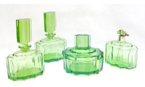 Antiguo Juego De Toilette Perfumeros De Vidrio - 4 Piezas