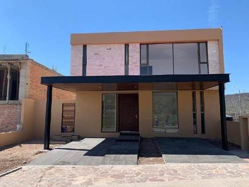 Casa En Condominio En Venta En 10 De Abril, Querétaro, Querétaro