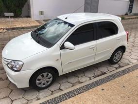 Toyota Etios Xs 1.5 Hatch Xs 1.5
