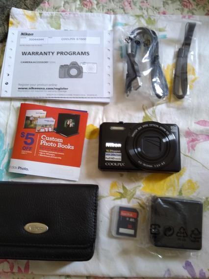 Câmera Digital Nikon Coolpix S 7000