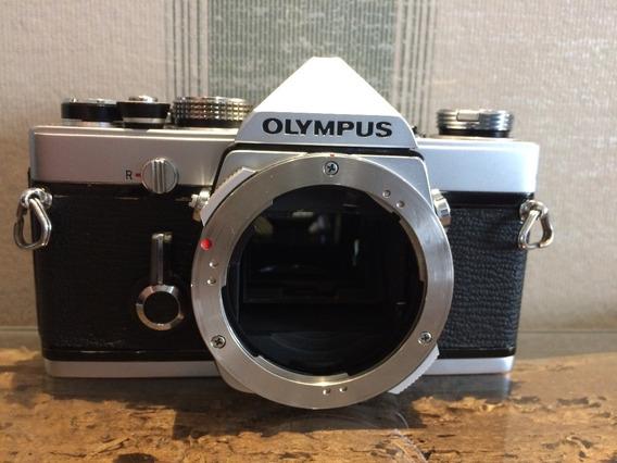 Câmera Olympus 35mm Analógica Om-1 Revisada Excelente Estado