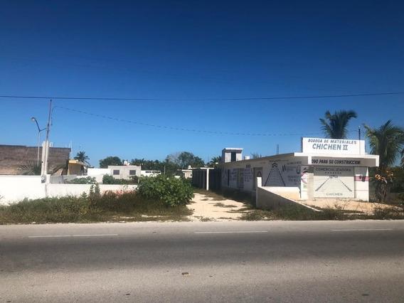 Se Vende Terreno Con Construcción En Chelem, A 3 Cuadras De La Playa.