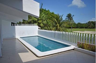 Hermosa Residencia En Zona Hotelera De Cancun C2331
