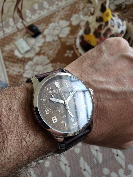 Relógio Victorinox _ Mod Alliance 241297 / Confira Imbatíve