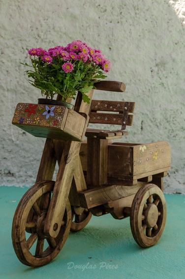 Triciclo Para Jardim Feito Com Paletes.