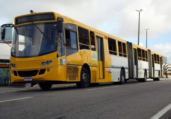 Ônibus Bi Articulado Recreativo Caio Top Bus Volvo B 12m 340