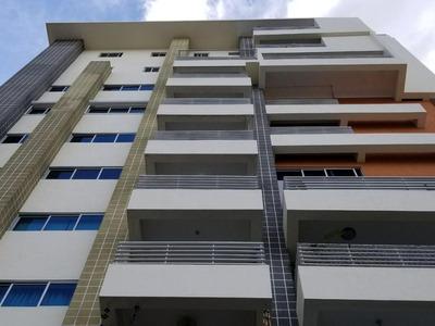 Apartamento Ubicado En Zona Céntrica De Evaristo Morales 3ha
