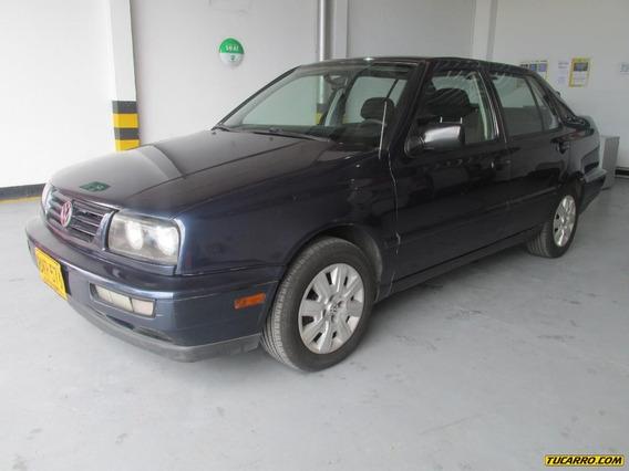 Volkswagen Vento Sedsn 1.8 Mt